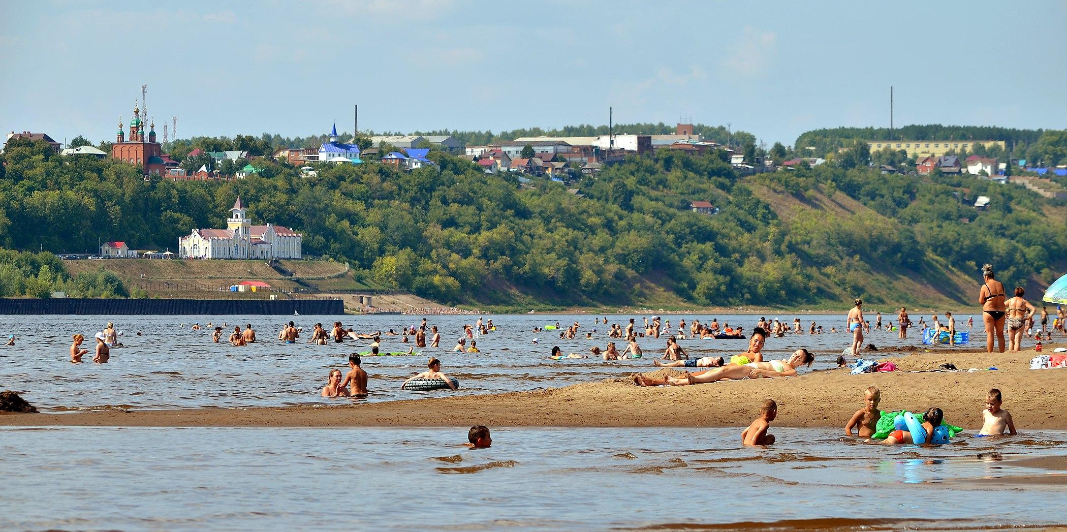 Фото сарапула с пляжа